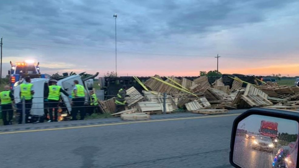 DEVELOPING: I-10 West near Hwy 365 reopens after wreck