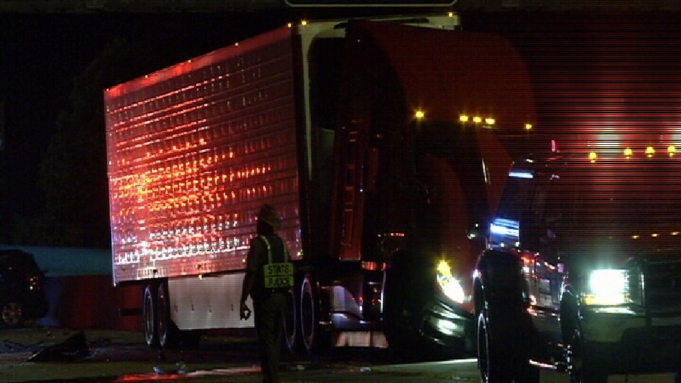 Update: Person dies in crash involving 18-wheeler on I-10 in